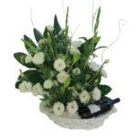 סלסלת פרחים ויין צפת